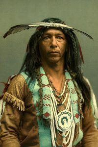 Arrowmaker-an-Ojibwa-brave-1903-Detroit-Photographic-co-700-200x300.jpg