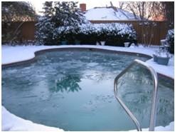 我家的游泳池.jpg