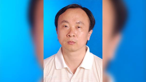 四川师范大学教授庹继光跳楼身亡,他生前一直在举报成都市成华区区长滥用权力强拆民宅.png