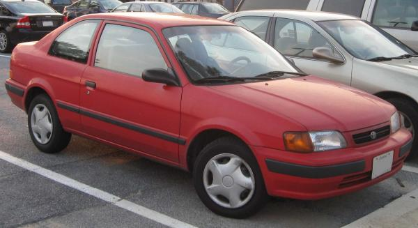Toyota_Tercel_coupe_.jpg
