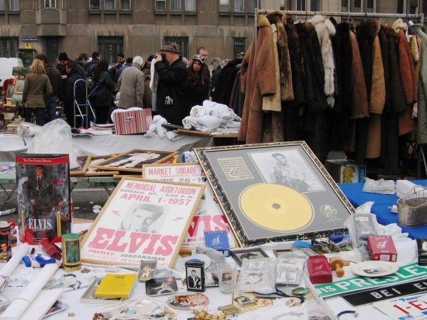Wien_Naschmarkt_Elvis.jpg