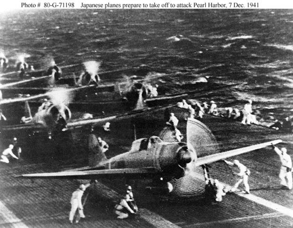 Japanese_planes_prepare_to_attack_Pearl_Harbor.jpg