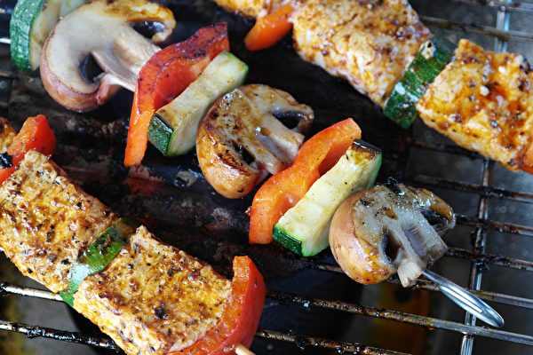 meat-vegetables-gemuesepiess-mushrooms-111131-600x400.jpeg