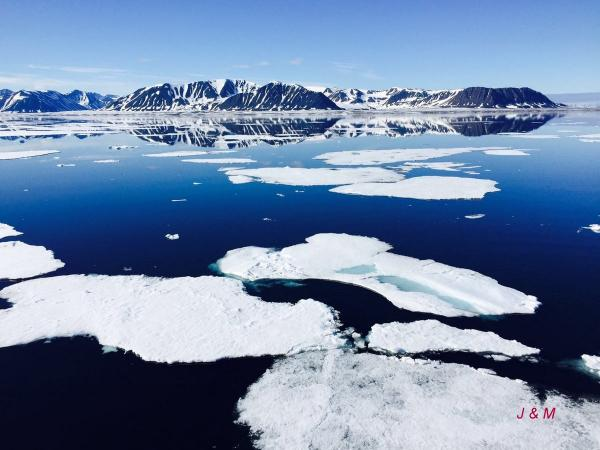 北极2.JPG
