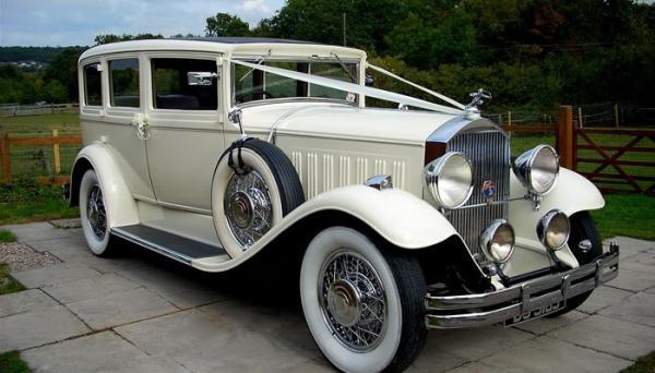 wedding-car-700x400.jpg