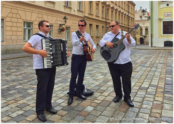 5-IMG_4579_church square music-play_900x.jpg