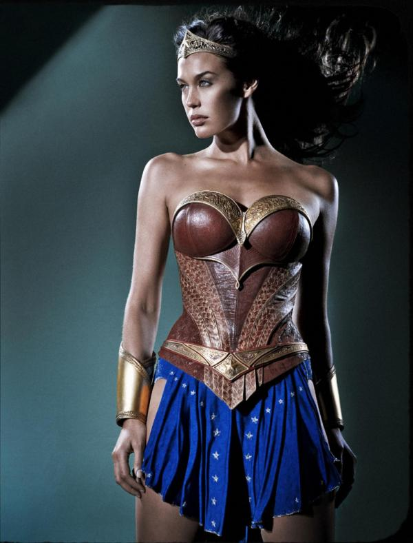 Megan-Gale-Wonder-Woman-2-779x1024.jpg