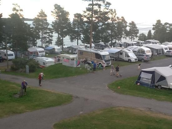 flasian-camping.jpg