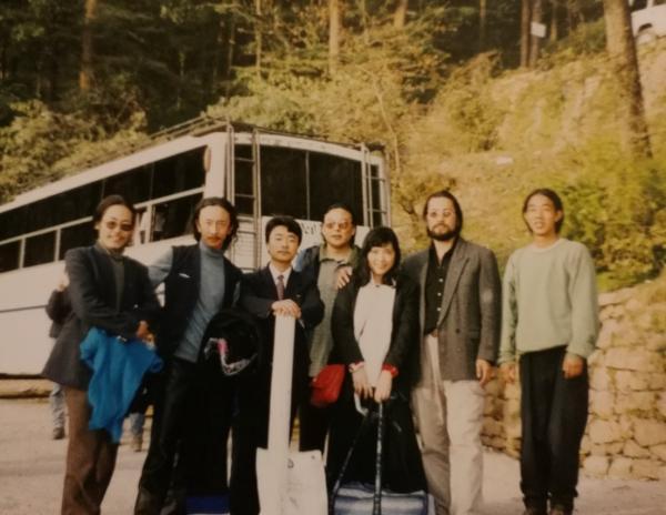 离开达兰萨拉那天,藏族朋友给我送行.jpg