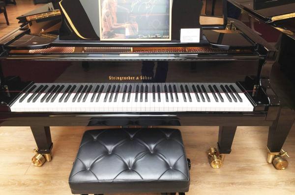 Steingraeber-piano.jpg