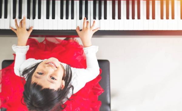 china_pianist-1140x700.jpg