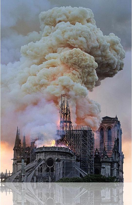 巴黎圣母院1.jpg