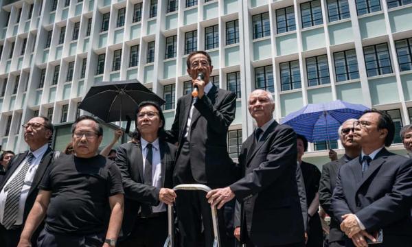 香港律师.jpg