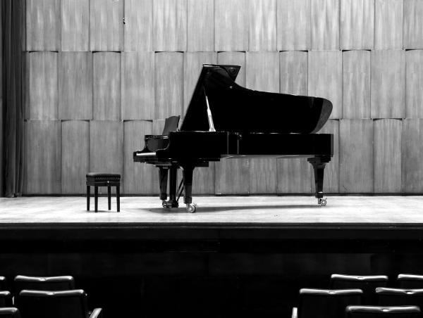 Mason_Hamlin Grand Piano.jpg
