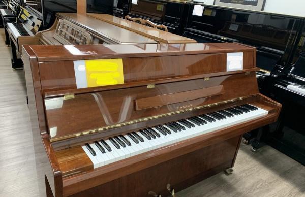 a beginner piano.jpg