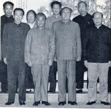 1966年1月16日,毛泽东赵紫阳.jpg