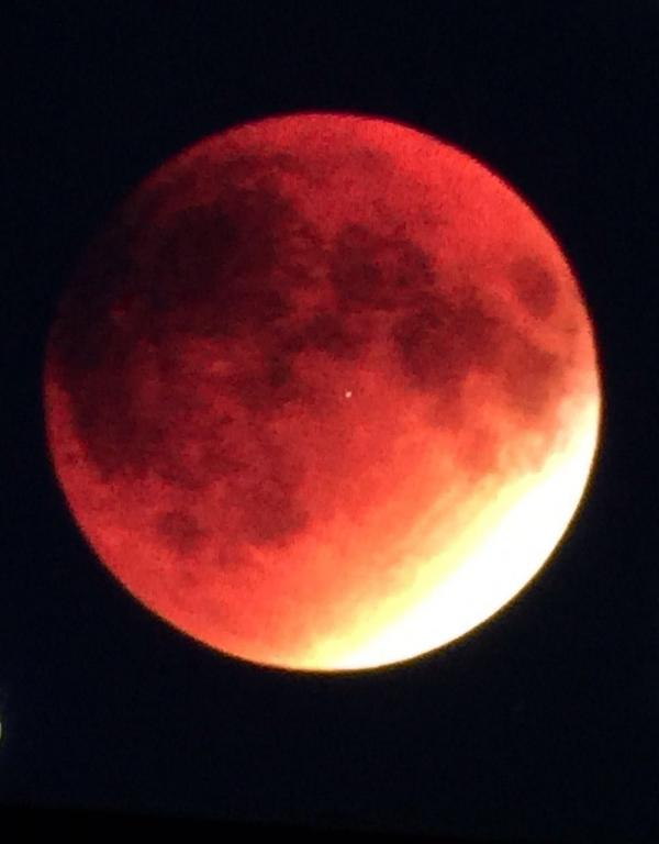 blood moon-2.jpg