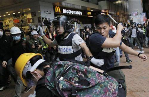 hk-police-e1420362406692.jpg