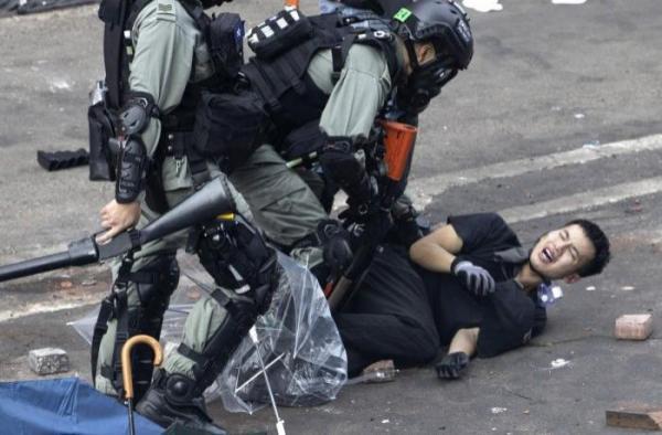 HK-Police_violence_A.jpg